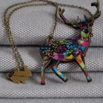 arty-smarty-necklace-geometric-deer-1