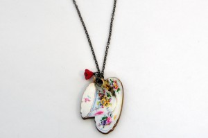 arty-smarty-necklace-pocket-teacup