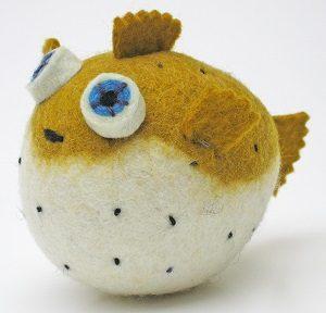 Felted-Wool-Animals-Jamie-Lewis-pufferfish