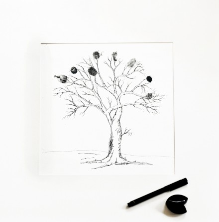 Artists-own-Family-Tree-showing-finger-prints
