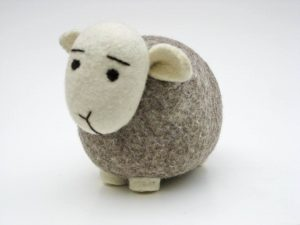 Felted-Wool-Animals-Jamie-Lewis-sheep-white-and-grey