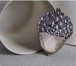 arty-smarty-brooch-acorn-2