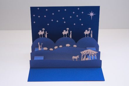 fiona-snow-christmas-nativity-pop-up-card